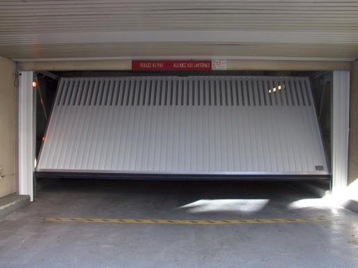 ALMATIC Particuliers Portes De Garage Basculantes Débordantes - Porte de garage basculante non debordante